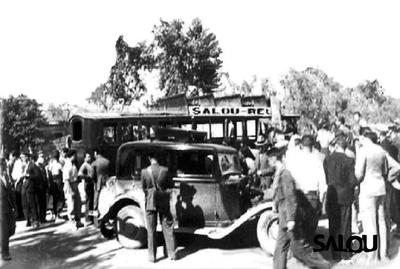 1865   1975 Antic Carrilet IV