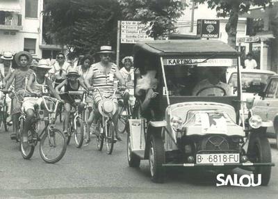 Tourists in Salou. 1989