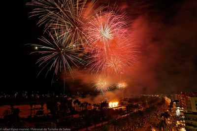 Nits Daurades : grand feu d'artifice