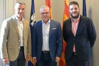 El alcalde de Salou y presidente del Patronat de Turisme, Pere Granados, se reúne con el tour operador Anex Tour Spain