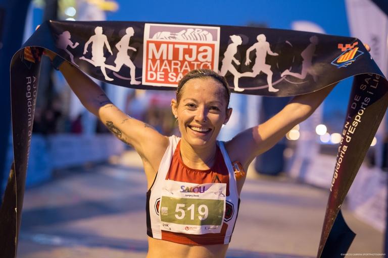 Jordi Garcia y Katherine Chaplin, vencedores de la 15ª Mitja Marató de Salou