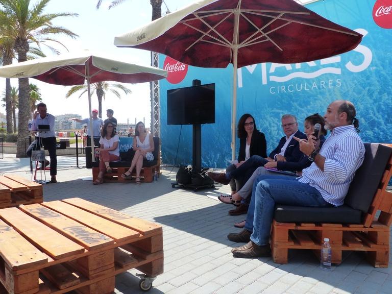 Coca-Cola ha presentat avui a Salou, mares circulares, el seu projecte de neteja de costes i fons marins més ambiciós fins el dia d'avui