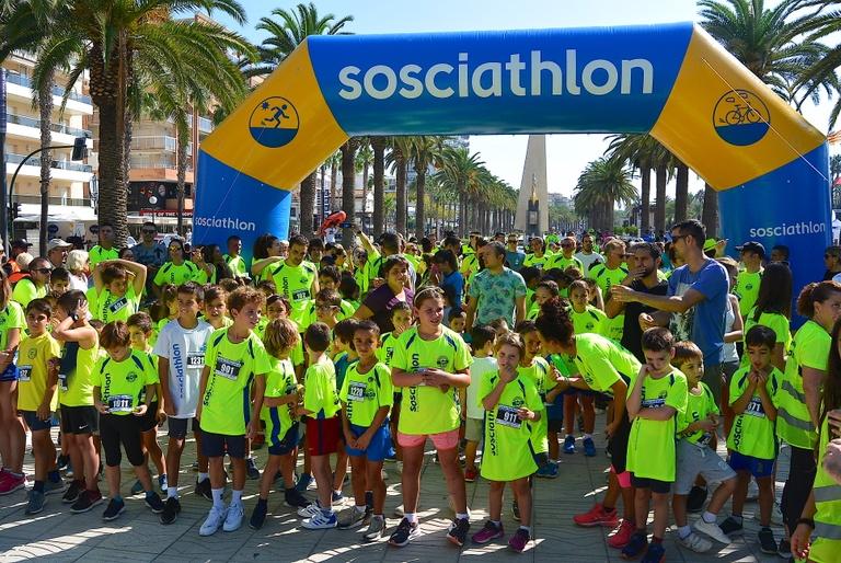 La Sosciathlon a Salou aconsegueix més de 1.600 participants i recull 22.000 euros